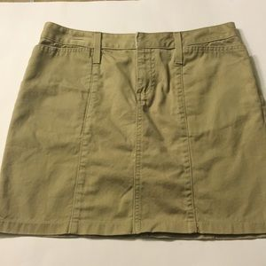 Old Navy khaki sz 4 skirt